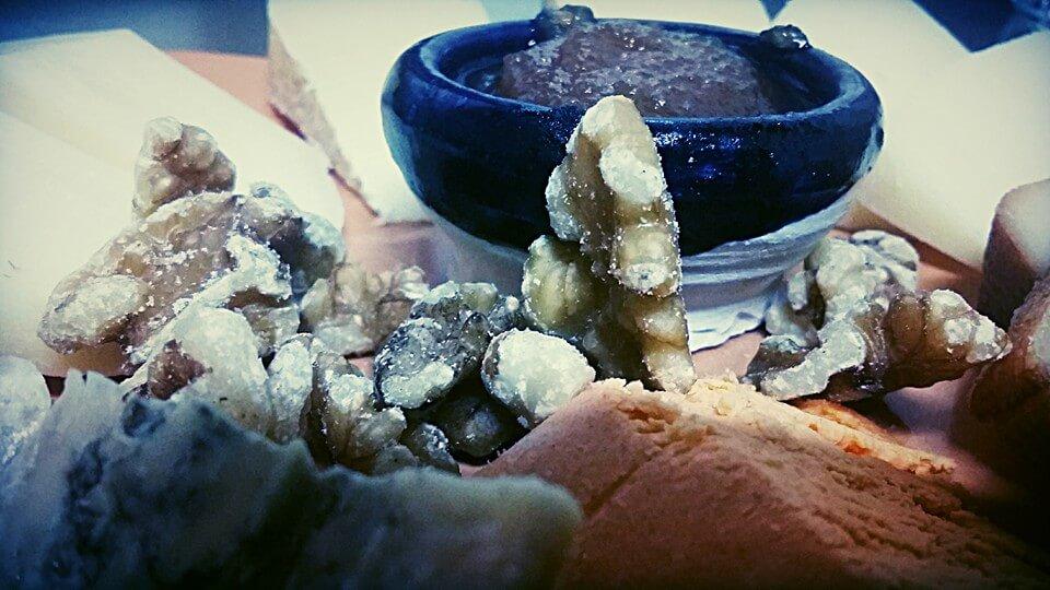 Quesos asturianos de Llanes. Cosas que hay que comer en tu viaje a Llanes